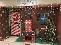 christmas door decorations contest