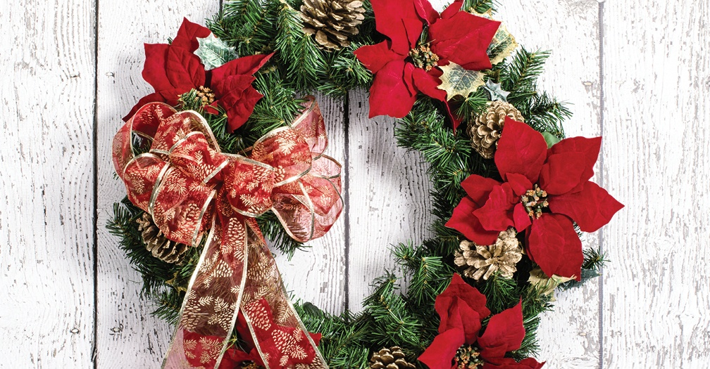 6 Practical Tips For Storing Christmas Decorations In Your Shed - how to store christmas decorations
