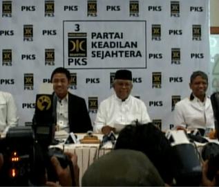 Konferensi Pers Pengumuman Presiden PKS