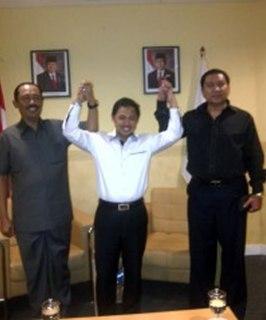 Presiden PKS Anis Matta mengaku optimis pasangan Hadi Prabowo-Don Murdoko, di kantor DPP PKS, Jakarta, Kamis (14/3/2013). (RMOL)