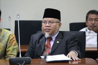 Anggota Komisi X DPR RI, Surahman Hidayat. (inet)