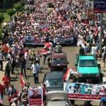 di jalan Ahmad Abdul Aziz, Muhandisin- Kairo menuju Medan Nahdhah (Univ. Kairo)