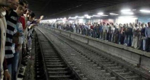 pembangkangan-sipil-di-metro-02