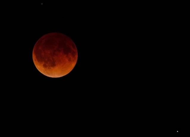 gerhana-bulan-2014-04-04