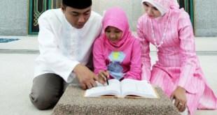 Keluarga mengaji (inet) - (Foto: indonesiaoptimis.com)