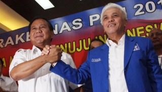 Pasangan kandidat capres Partai Gerakan Indonesia Raya (Gerindra), Prabowo Subianto, dan cawapres Partai dari Amanat Nasional (PAN), Hatta Rajasa - Foto: tempo.co