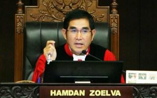Hamdan Zoelva, Ketua Mahkamah Konstitusi ( MK).  (sisidunia.com)