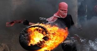 Intifadhah Al-Quds yang meletus sejak awal Oktober 2015 hingga sekarang.