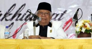 Ketua Majelis Syuro PKS periode 2010-2015 KH Hilmi Aminuddin saat menyampaikan taujih (amanat) dalam Rakornas PKS di Depok, Jawa Barat, Senin (12/1/2016). (ist)