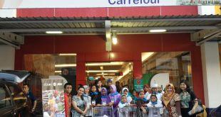 Belanja Bareng Yatim PKPU Surabaya di Carrefour Ahmad Yani dan Rungkut. (Deny/ Nisa/Putri/PKPU)