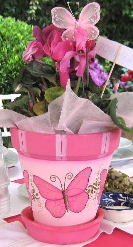 Mil formas para decorar macetas for Arreglos de jardines con macetas