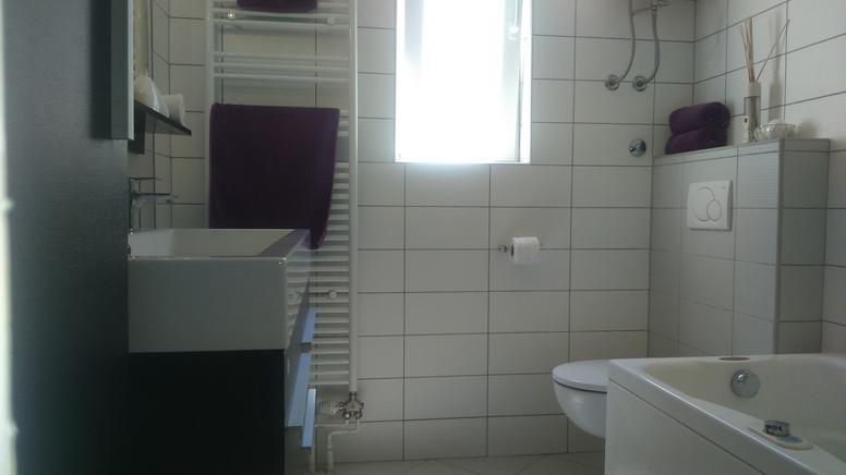 Dalmatien Zadar Ferienwohnung Zadar H1307817_4 Badezimmerjpg   Badezimmer 4  Kabel