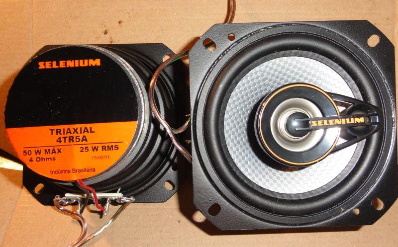 Upgrading the original speakers from the Suzuki Jimny Brookepedia