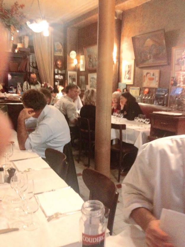 Bistrot chez marcel dandy magazine - Les bonnes manieres a table en france ...