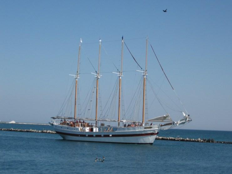 Boat at Navy Pier