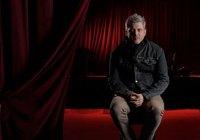 Dramatic interview lighting - Dan McComb