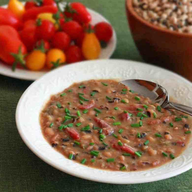 Paleo Black-Eyed Pea Soup