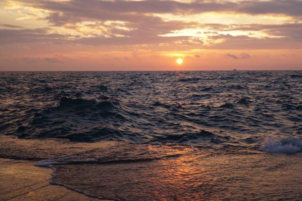 Sunrise at Lake Michigan / Darker than Green