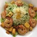 Rezept: Caesar Salad mit Garnelen und Parmesan