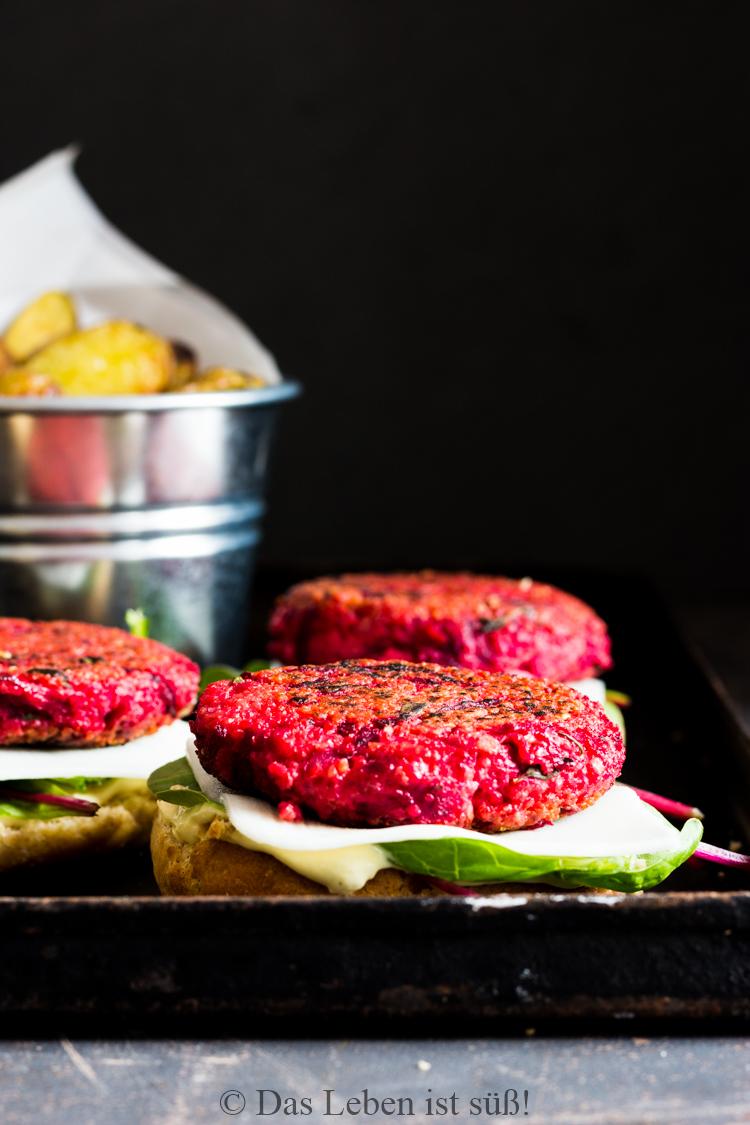 Veggie Burger mit Rote Bete Hirse Bratling (25 von 61)