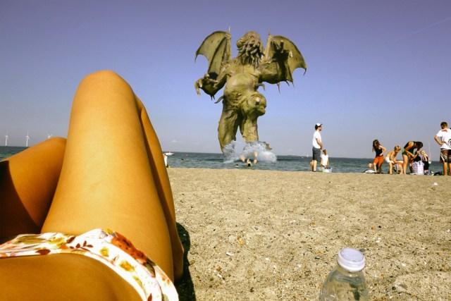 3R9C0919-beach