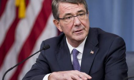 Ashton Carter: Defense Secretary: US serviceman killed in Iraq
