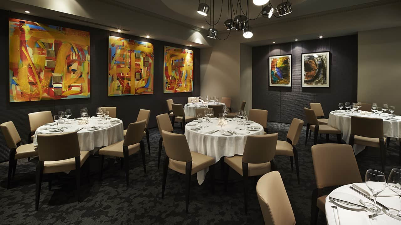 The Oval Room Hosts Four-Course Wine Dinner with Le Cadeau Vineyard
