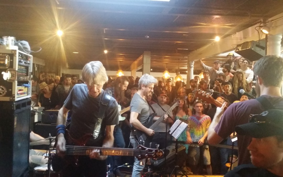 """VIDEO: Phil Lesh and The Terrapin Family Band w Phish's Mike Gordon – """"Touch Of Grey"""""""
