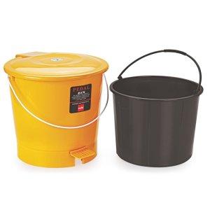 Garbage Bucket With Bucket