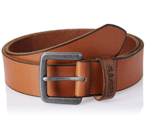 Amazon – Buy Levi's belts at minimum 50% off