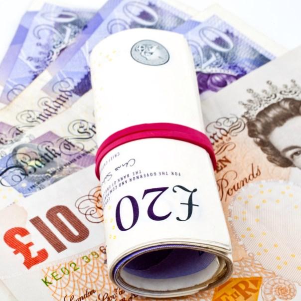 UK £20 & £10 notes