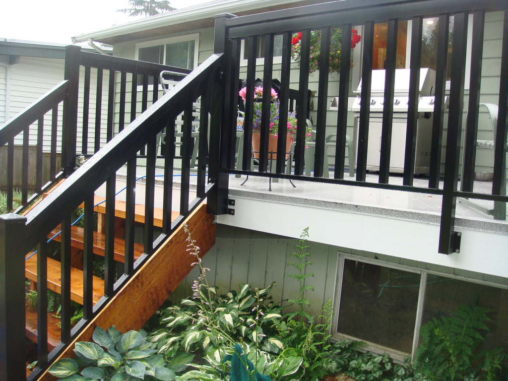 North Vancouver New Deck Stairs Railings Deckpros