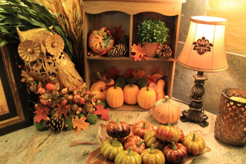 Delightful Fall Mantel Decorations Decohoms