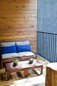 Marvellous Apartment Balcony Furniture to be in Awe Of