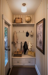 Adorable Small Mudroom Ideas for Your Home | Decohoms
