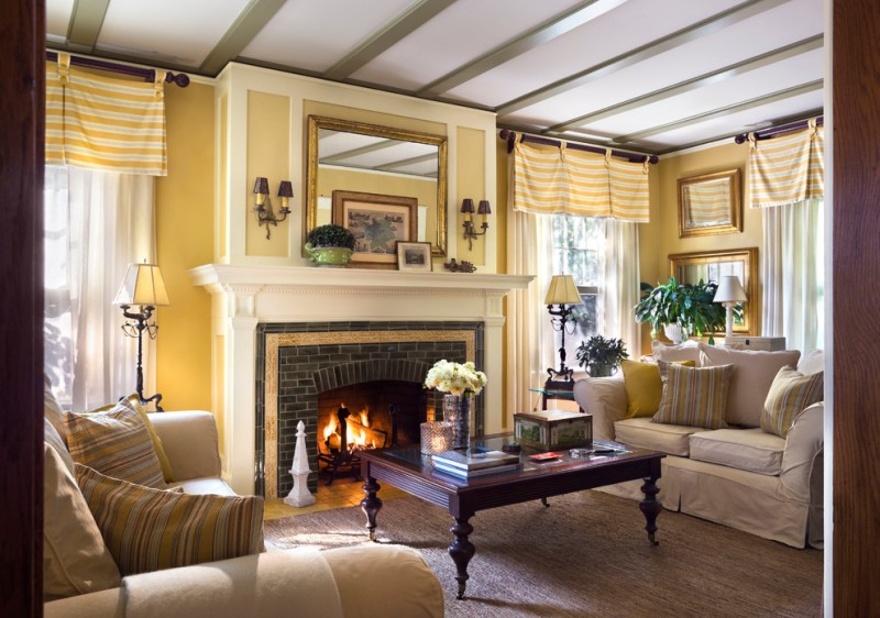 Get the Ideas of Great Valances for Your Nifty Living Room u2013 Decohoms - valances for living room