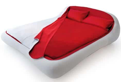 Cama de dise o minimalista con cremallera krea for Cama minimalista