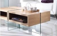 Table basse en verre et bois clair avec rangements