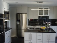 Top 10 Black Quartz Kitchen Countertops