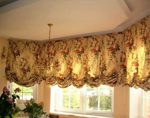 15 Classy Window Decorating Ideas, Balloon Curtains - balloon curtains for living room