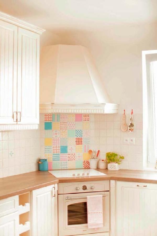 Trucos small low cost para cambiar la cocina - Cambiar azulejos cocina ...