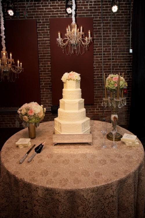 Medium Of Wedding Cake Table
