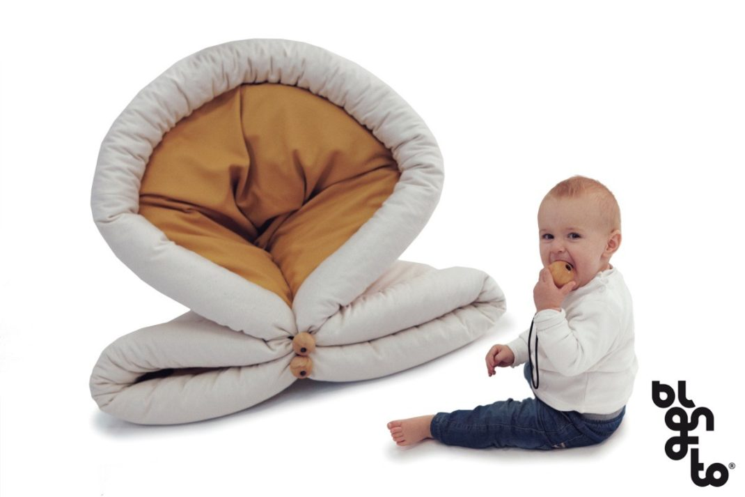 blandito la couette multifonctionnelle deco tendency. Black Bedroom Furniture Sets. Home Design Ideas