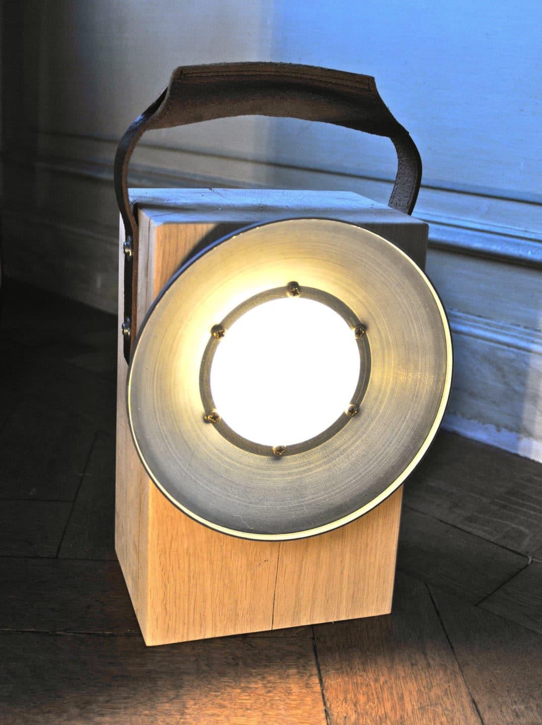 Block une lampe sans fil et vintage sign e bloom - Lampe de salon sans fil ...
