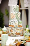 Art Nouveau Wedding Cake || Art Nouveau Wedding Inspiration
