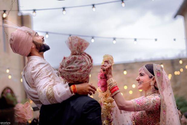 Virat Anushka (Virushka) Wedding Varmala