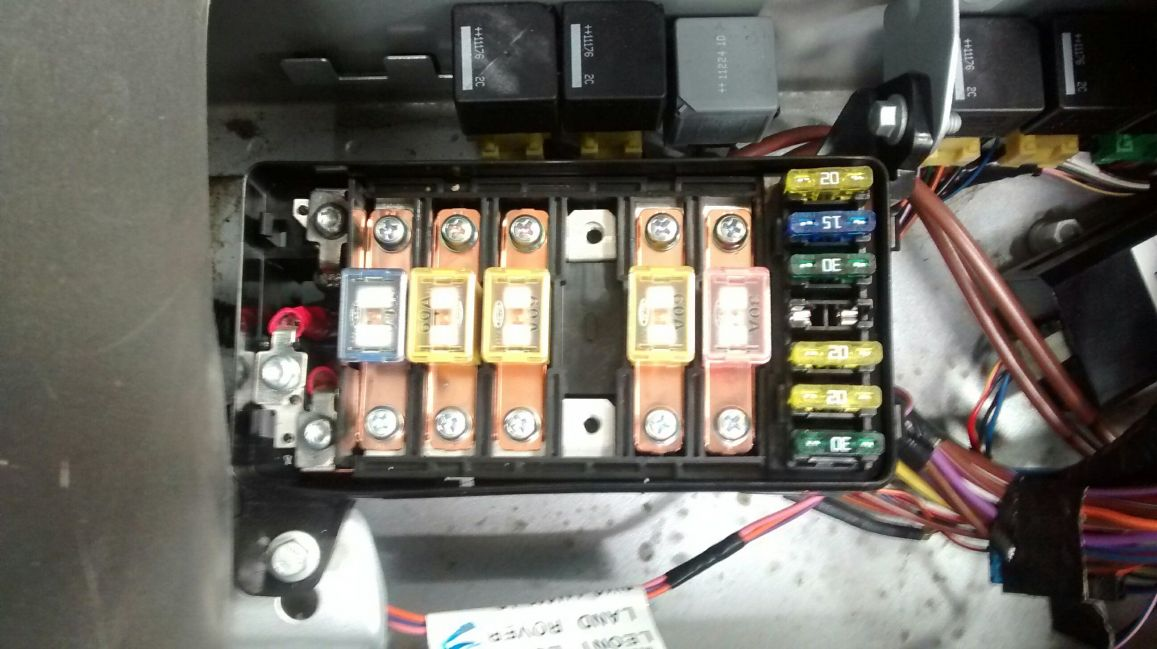 land rover defender puma fuse box