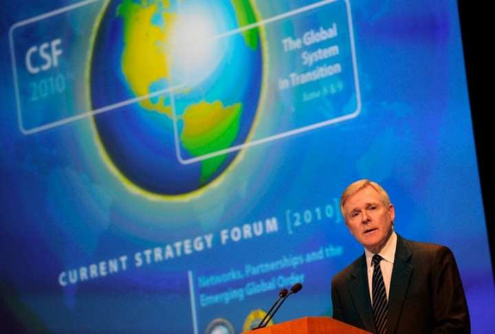 Secretary of the Navy Ray Mabus delivers the keynote address during the 2010 Current Strategy Forum at the Naval War College in Newport, R.I. U.S. Navy photo by Mass Communication Specialist 2nd Class Kevin S. O'Brien