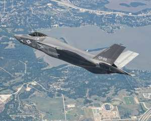 CF-2  F-35C Lightning II test flight