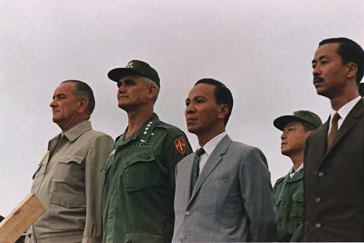 Westmoreland and LBJ, 1966